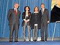 Rodríguez Zapatero entrega a Emma Cohen la Gran Cruz de la Orden Civil de Alfonso X el Sabio concedida, a título póstumo, a Fernando Fernán Gómez.jpg