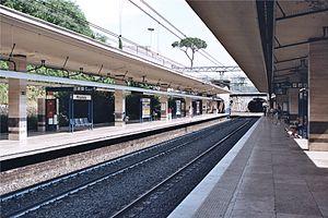 Piramide (Rome Metro) - Image: Roma Stazione Metro B Piramide 2010 07 02