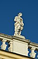 Roof decoration of Schönbrunn palace 07.jpg