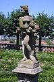 Rosengarten-Kitschfigur.jpg