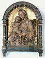 Rossellino Maria mit fröstelndem Kind.jpg
