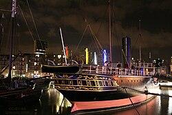 Rotterdam - Museumschip Zr Ms Buffel bij nacht.jpg