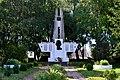 Ruzhyn Turiiskyi Volynska-monument to the countryman-general view.jpg