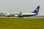 Ryanair-4 (17186833391).jpg