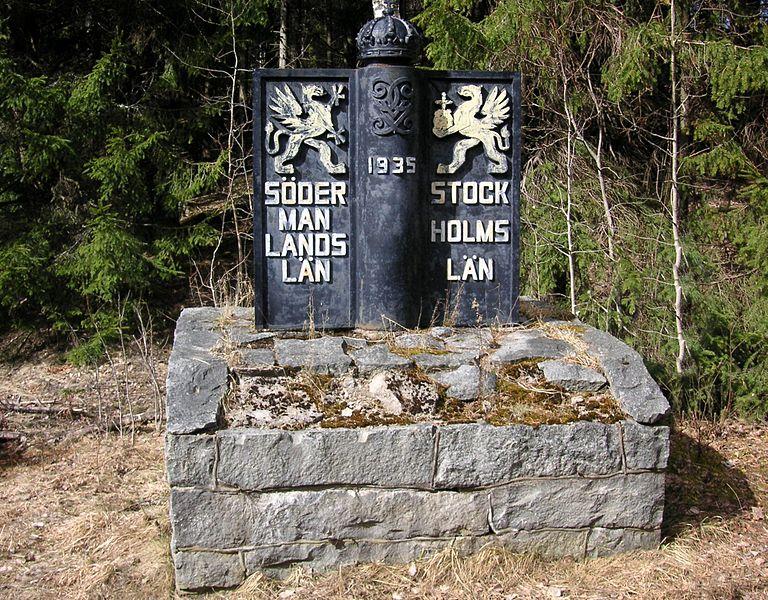 File:Södermanslands län - Stockholms län gränsmarkering.jpg