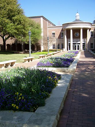 Southern Methodist University - Fondren Library