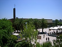 Saddleback church Lake Forest building.jpg