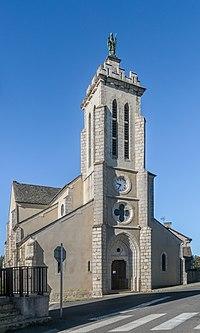 Saint Martin Church in Le Massegros 01.jpg