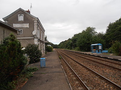 Saint antoine du rocher station 01.JPG