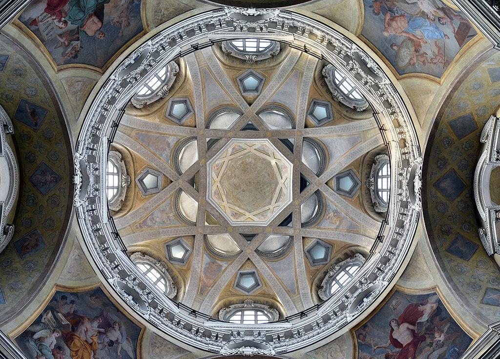 L'extraordinaire dôme de l'église San Lorenzo à Turin - Photo de Livioandronico2013