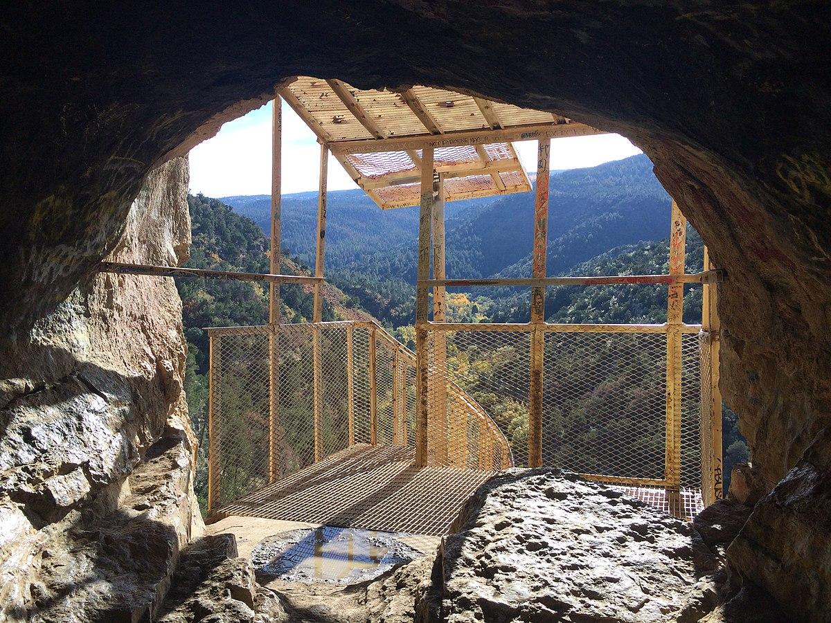 Man Cave New Mexico : Sandia cave wikipedia