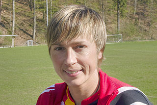 Sandra Minnert association football player