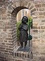 Sanssouci, praying girl's statue - DSC05445 (6976280276).jpg