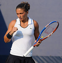 Sara Errani at the 2010 US Open 07.jpg