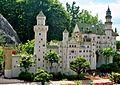 Schloss Neuschwanstein aus Lego.jpg