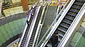 Seoul-metro-629-Noksapyeong-station-precinct-20181126-160858.jpg