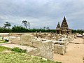 Shore Temple near Mahabalipuram-1.jpg