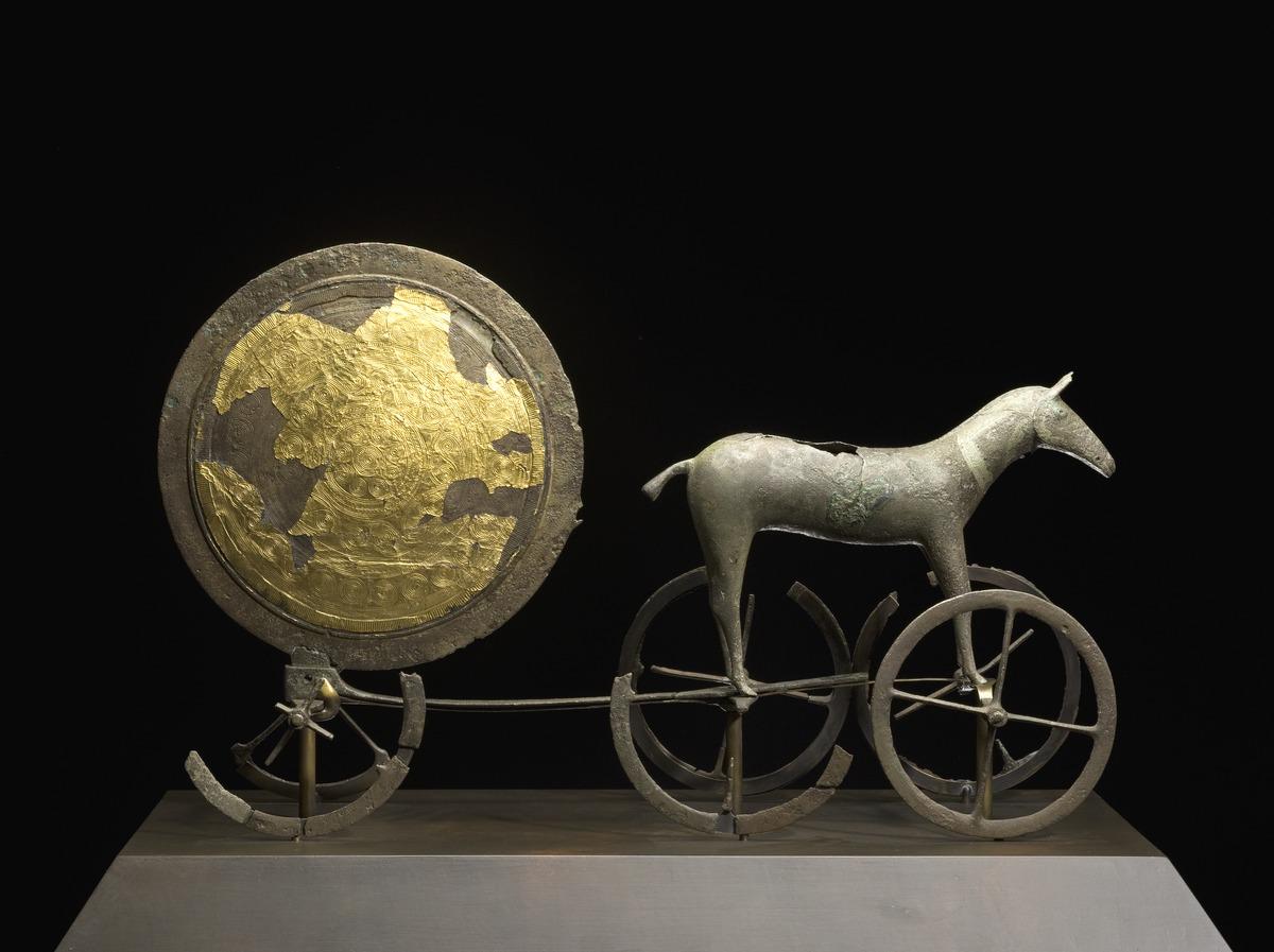 trundholm sun chariot wikipedia. Black Bedroom Furniture Sets. Home Design Ideas