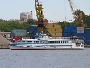 Soyuz OM type on Khimki Reservoir 20-jun-2012 01.JPG