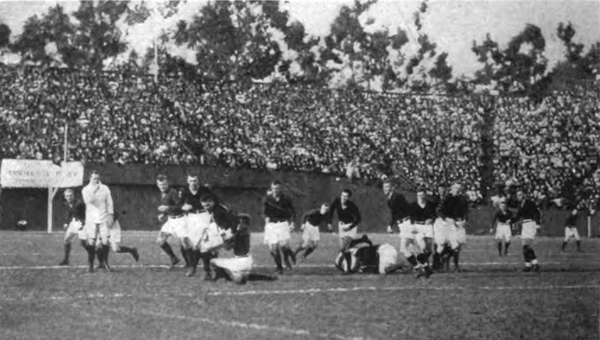 The Big Game between Stanford and California was played as rugby union from 1906 to 1914 Stanford Field.png