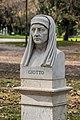 Statue of Giotto di Bondone.jpg
