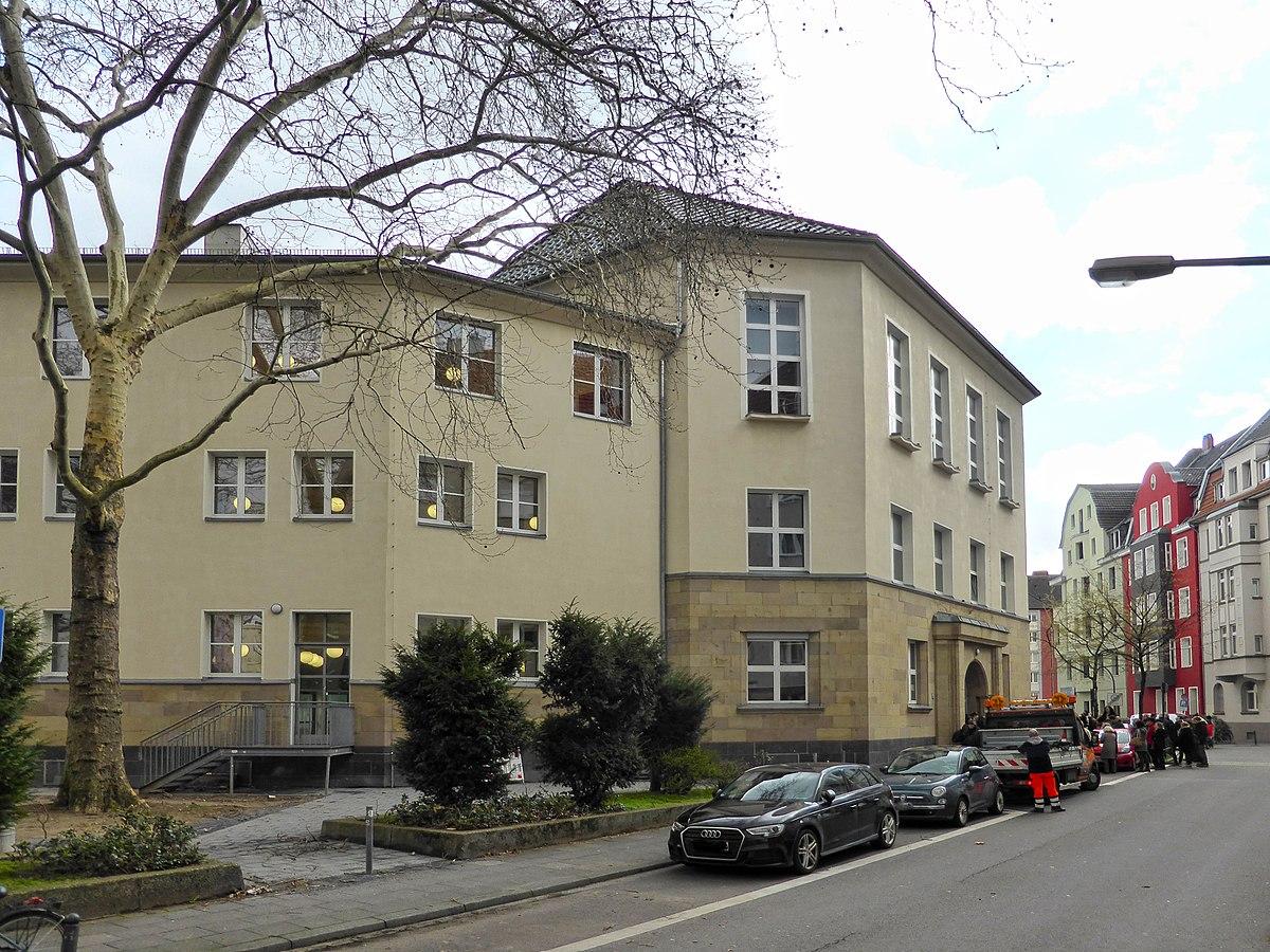 Gymnasium Schaurtestraße