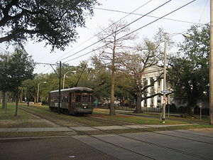 New Orleans: Streetcar on Carrollton Avenue pa...