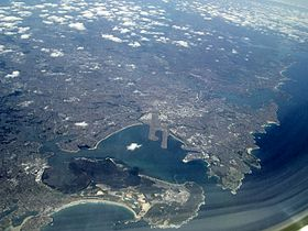 Sydney from Botany Bay looking north (aerial).jpg