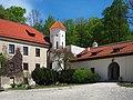 Szlak Orlich Gniazd 0131 - zamek w Pieskowej Skale.jpg