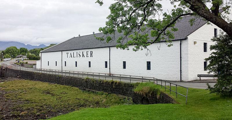 File:Talisker distillery.jpg