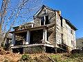 The Old Shelton Farmhouse, Speedwell, NC (46516776725).jpg