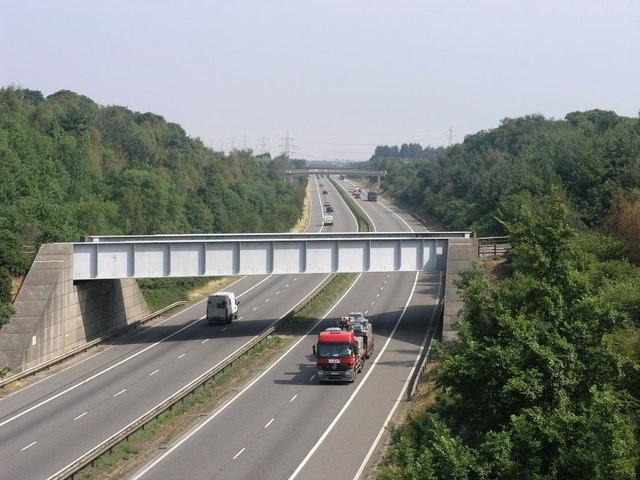 Three Bridges - geograph.org.uk - 210467