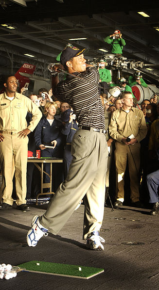 File:Tiger Woods 2004.jpg