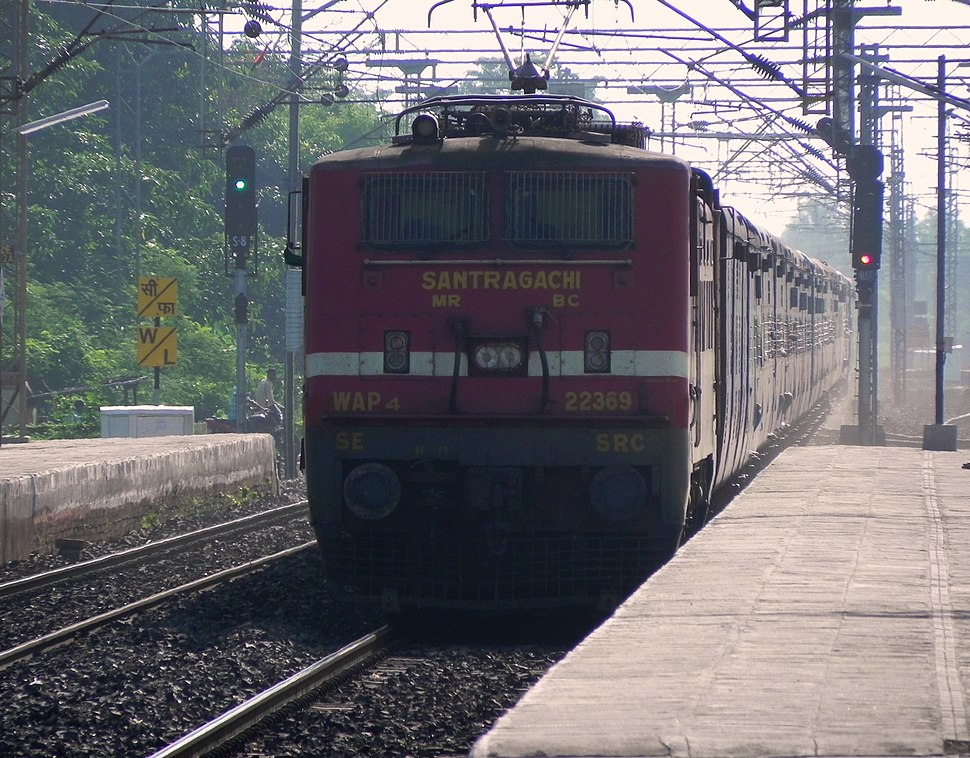 Titlgarh (TIG) bound 12871 (Howrah-Titlagarh) Ispat Express 01
