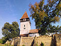 Toarcla - Ansamblul bisericii evanghelice fortificate (edere dinspre sud-vest).jpg