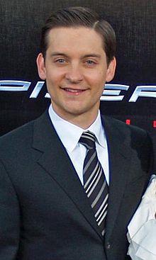 Tobey Maguire and Jennifer Meyer by David Shankbone2.jpg
