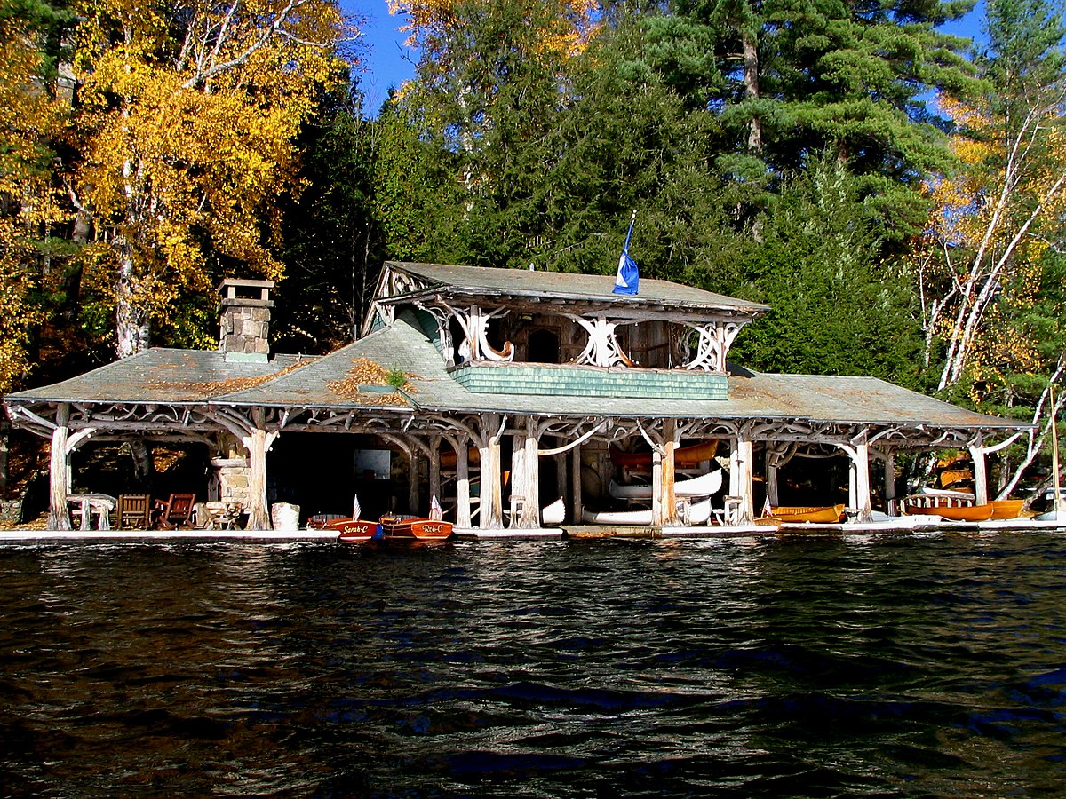 Boathouse wikipedia for Boat house plans pictures