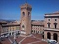 Torre ghibellina Recanati.jpg