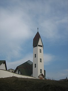 Tower of the Unitarian church in Dávid Ferenc Square in Marosvásárhely.jpg