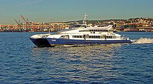 TransTejo Catamaran 2006.jpg