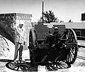 Truman-poses-near-gun-Ft-Tailor-19470318.jpg