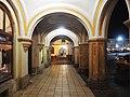 Trutnov, Haasův palác, podloubí.jpg