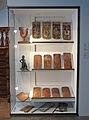 Tuiles en queue de castor-Musée alsacien de Strasbourg.jpg