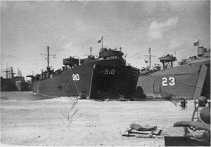 USS LST-23 - Image: USS LST 23 USS LST 910 Philippines 1944