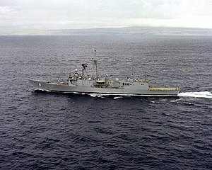 USS Wadsworth (FFG-9) - USS Wadsworth (FFG-9) underway.