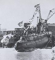 USS Wahoo (SS-238) launching