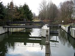 Unterspreewald-Gross-Wasserburger-Spree-Schleuse-01.jpg