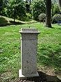 Vandalismo contro il busto di Pietro Roselli.jpg
