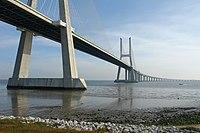 Vasco da Gama Bridge 03.JPG