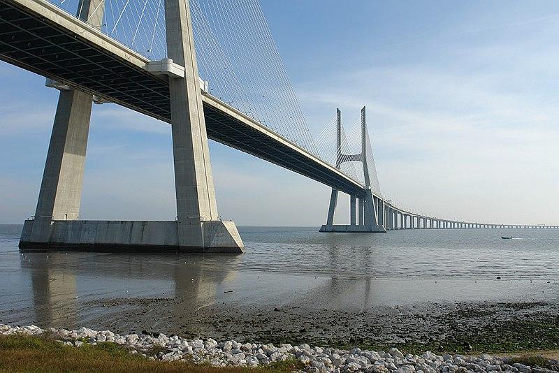 Image:Vasco da Gama Bridge 03.JPG